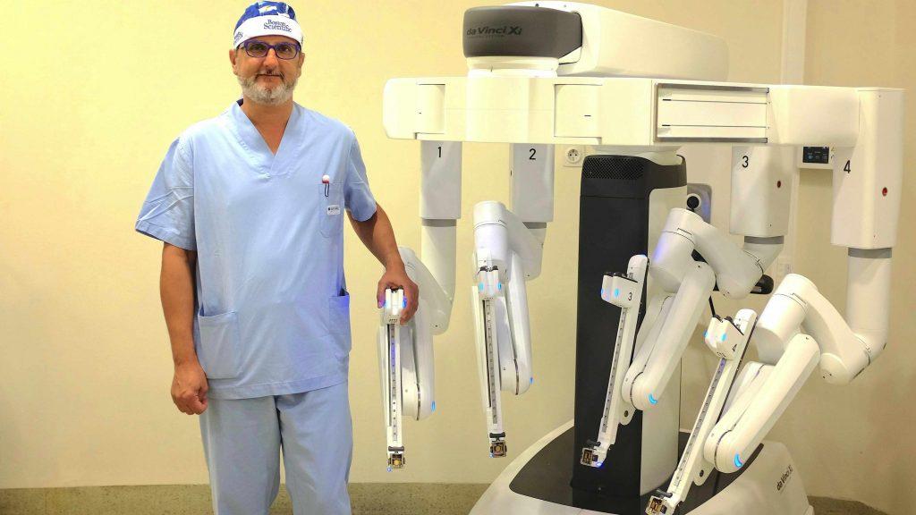 modelo hospital coruña especialidades urología