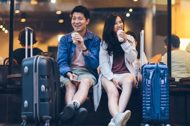 modelo ex11 pareja asiática