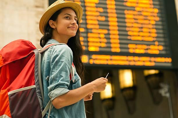 modelo ex18 mujer joven aeropuerto