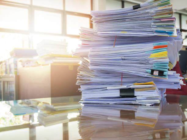 modelo iae pila de documentos